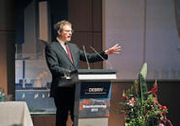 Dr. Ulrich S. Soénius